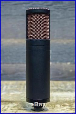 Antelope Audio Edge Strip Bundle Edge Microphone / Discrete MP Mic Preamp withCase