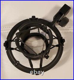 Audio Technica AT4060 Cardioid Condenser Tube Mic Original Owner BONUS tubes