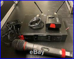Audio-Technica ATW-R3100D Combo-Kit Handheld/Lavalier Mic 1/4 Cable Included