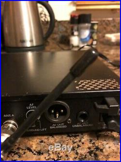 Audio-technica ATW R310 Lav Mic. And Wireless Microphone System. Works great