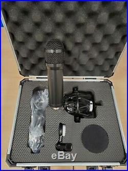Lauten Audio LS-208 Series Black Front-address, Large-diaphragm Condenser mic